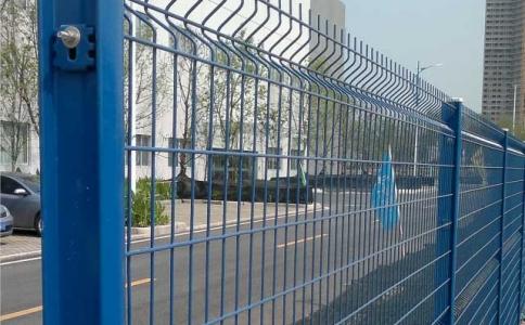 I型柱护栏网